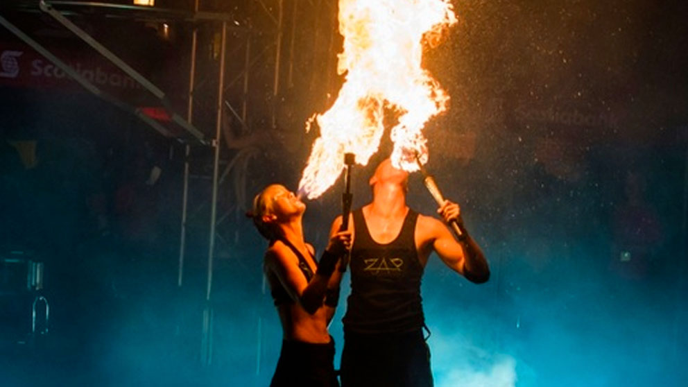 https://ottawabuskerfestival.com/wp-content/uploads/2018/06/events_fire_show.jpg